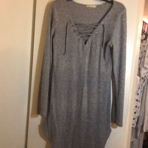 Gray pull tie dress heart and hips size L